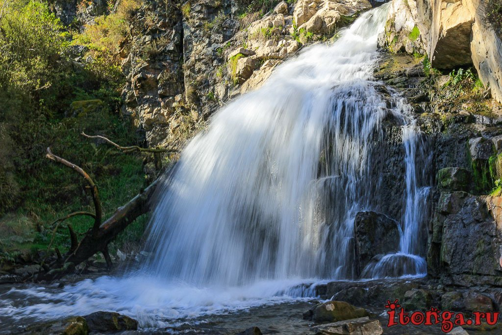 Горный Алтай: Камышлинский водопад - Реки, Осень, Лес, Горы, Водопады - siberia, russia, altay