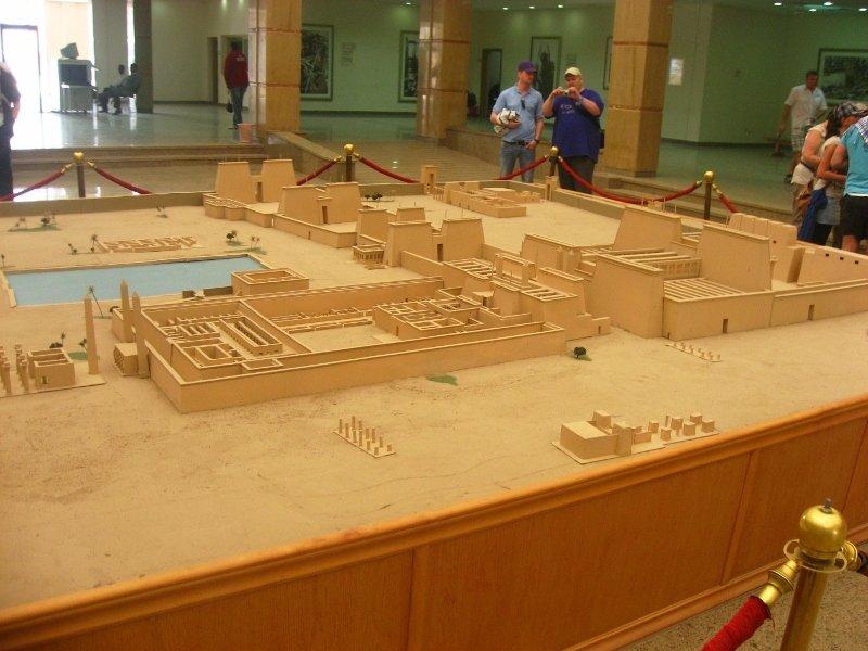 Храма в Карнаке, макет