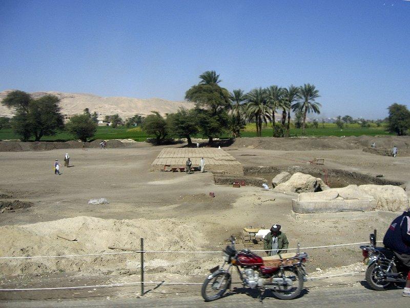 Колоссы Мемнона, Египет, Луксор, Храм Аменхотепа III
