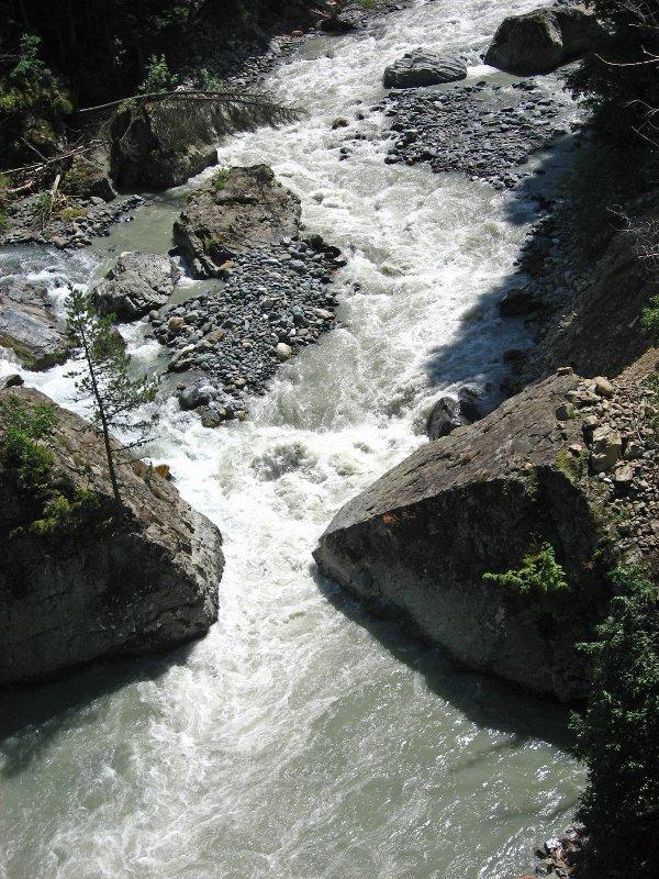 Домбай летом, Домбай, река Аманауз