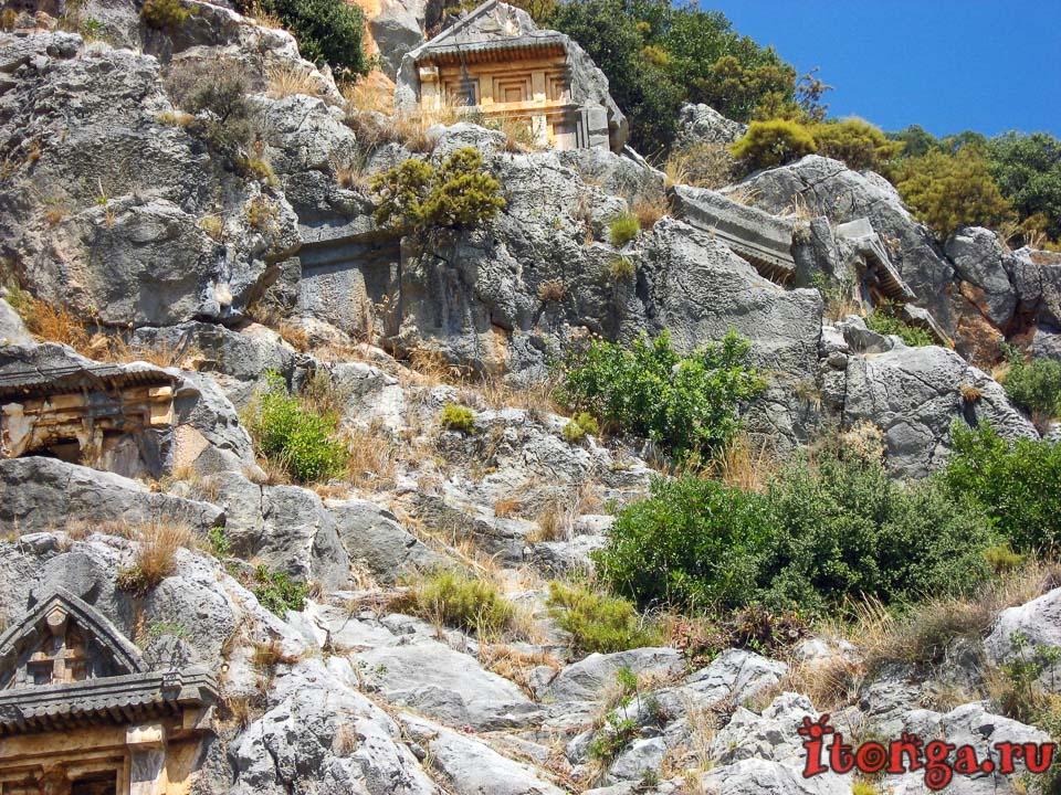 Турция, Ликия, Демре, Миры Ликийские, скальные гробницы,