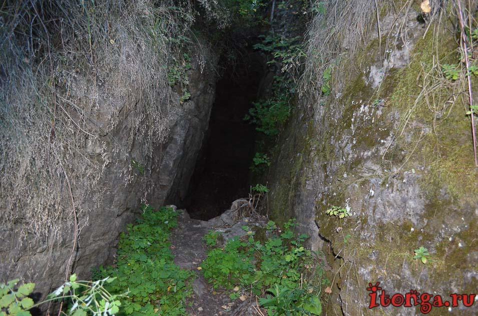 Пещера Колчака, Кузедеевский карстовый разлом,