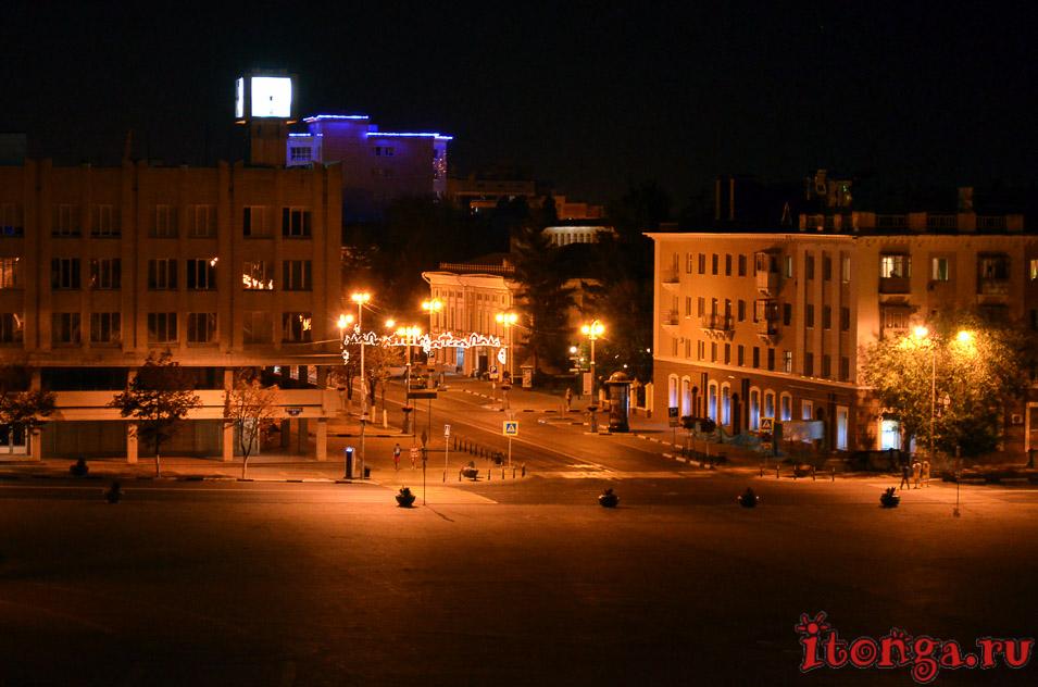 белгород ночью, соборная площадь белгорода, гостиница