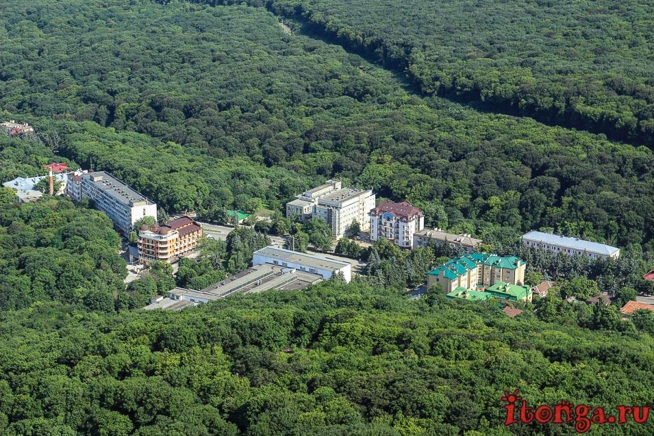 смотровая площадка на Железноводск, вид с вершины горы Железная