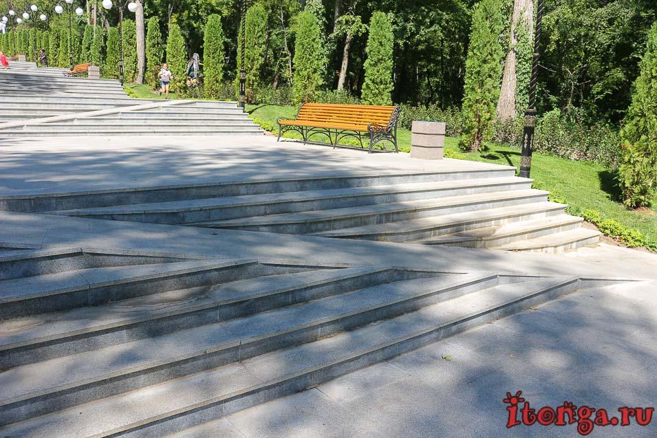 новая каскадная лестница в Железноводске