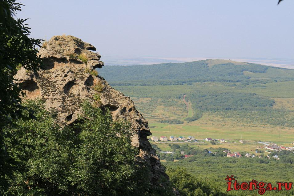 Гора развалка, Селитряные скалы