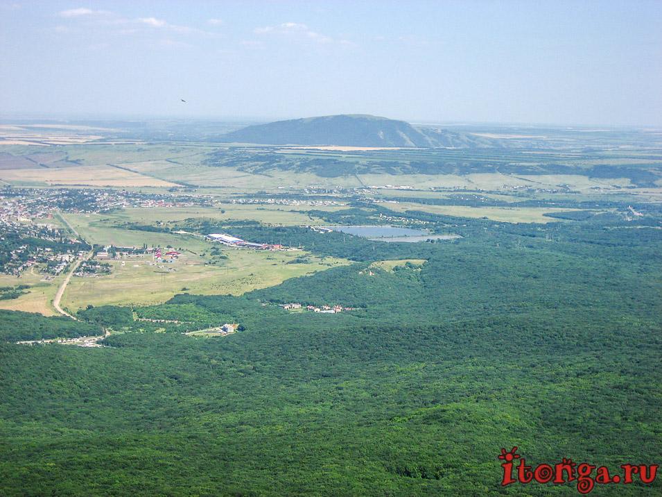 вид с вершины Развалки, Железноводск, гора Лысая