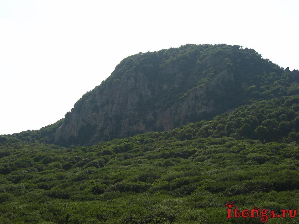 селитряные скалы в Железноводске, гора Развалка