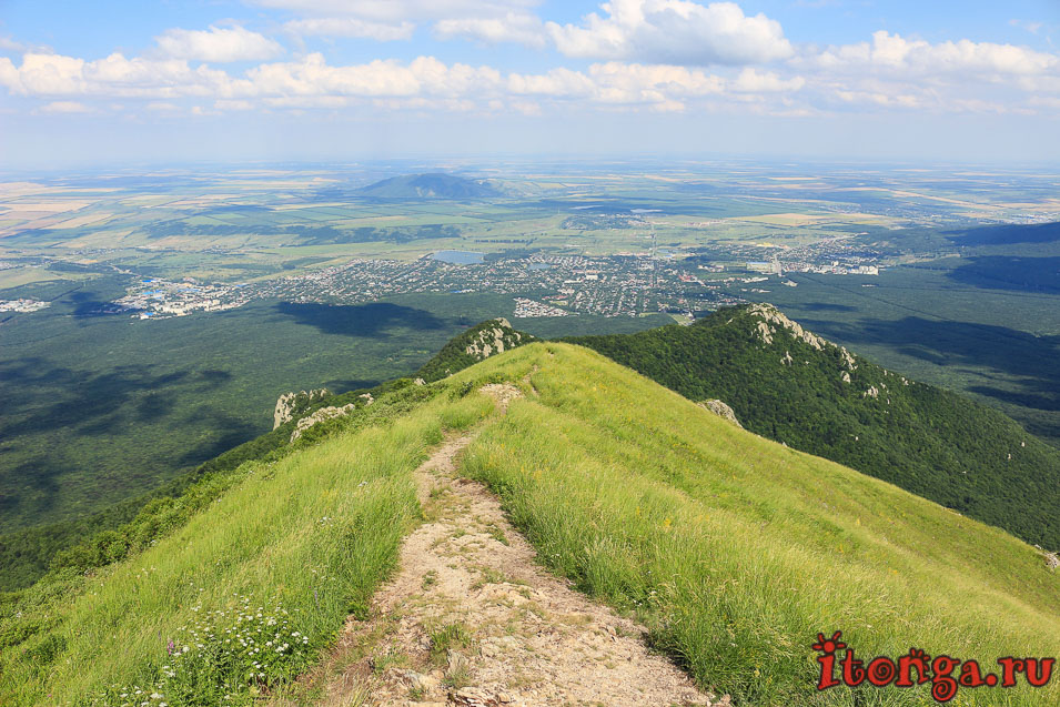 вершина Бештау, восхождение на гору, Козьи скалы