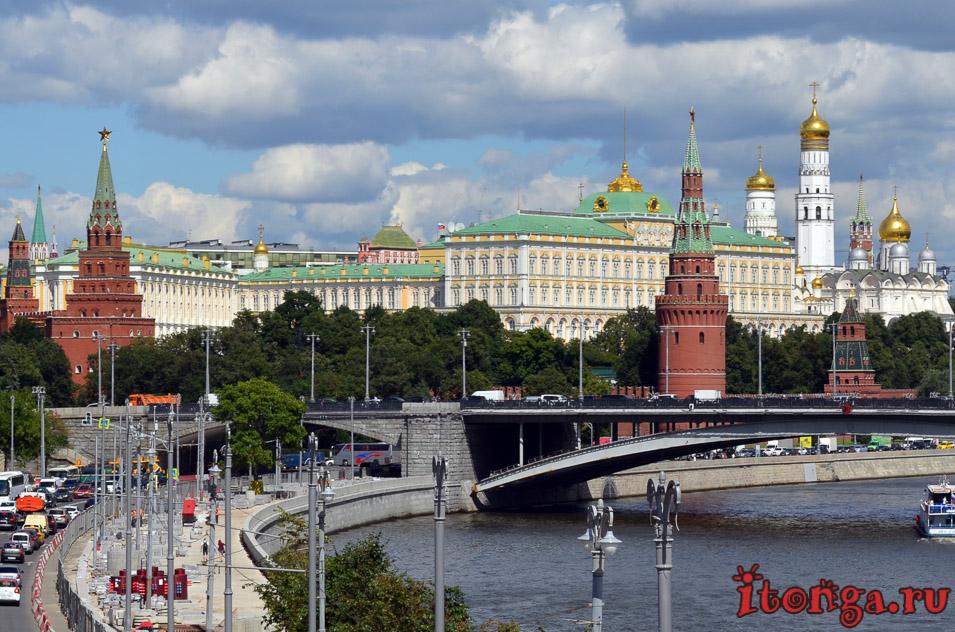 куда поехать в России в мае, Москва