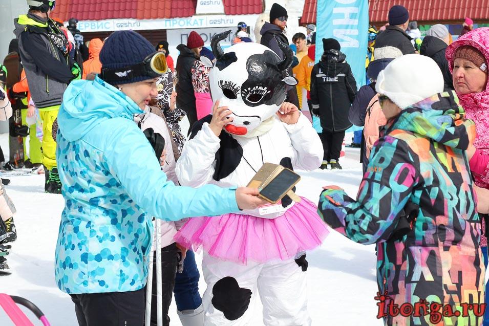 Grelka Fest, Шерегеш, карнавал