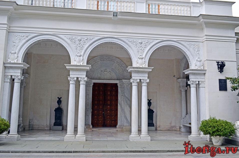 ливадийский дворец в крыму, достопримечательности, крым, экскурсия