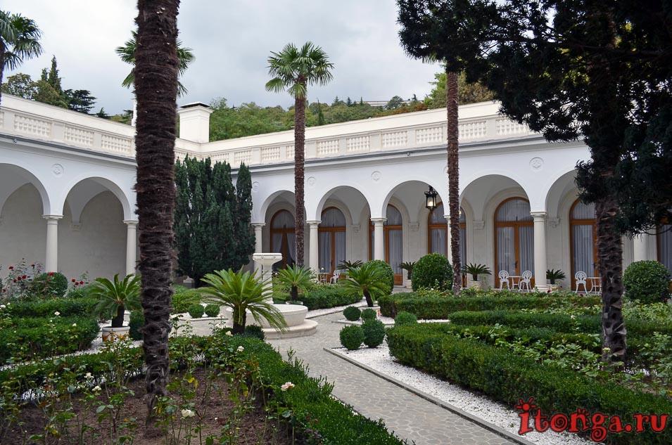 ливадийский дворец, крым, итальянский дворик