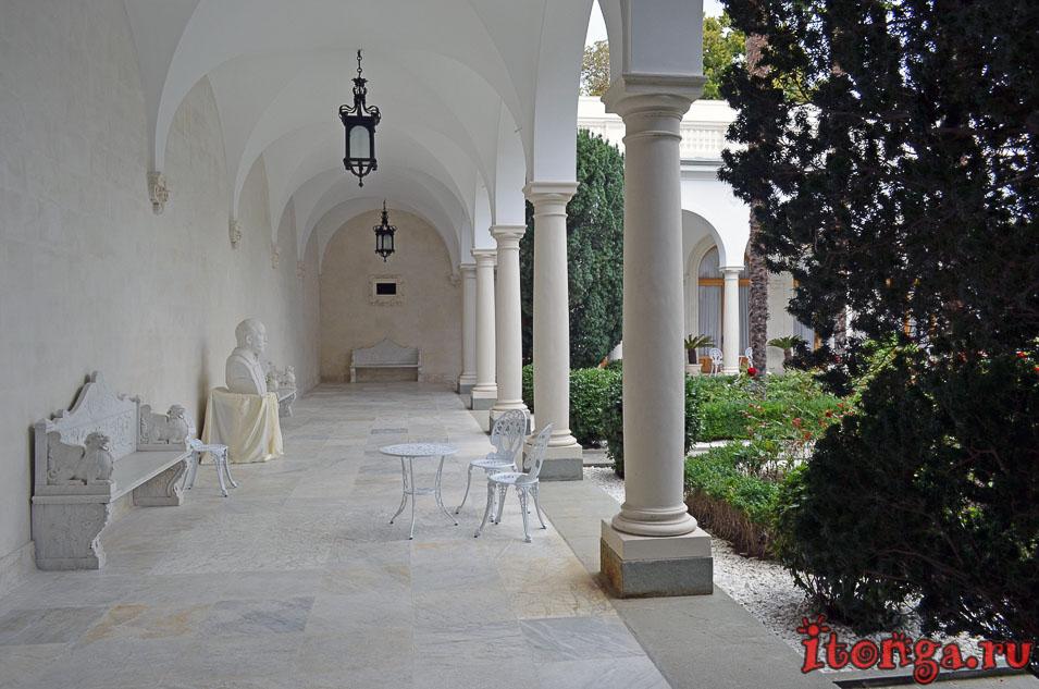 итальянский дворик, крым, ливадия, ялта