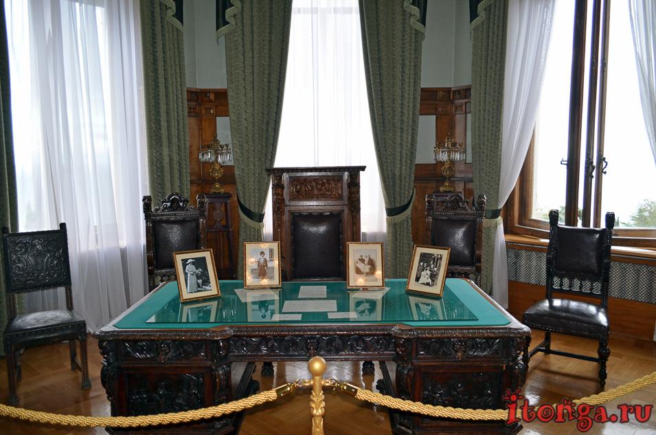 ливадийский дворец в крыму, достопримечательности