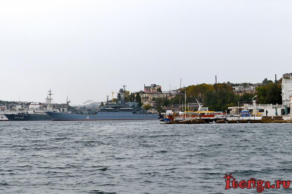 набережная севастополя, крым, военные корабли