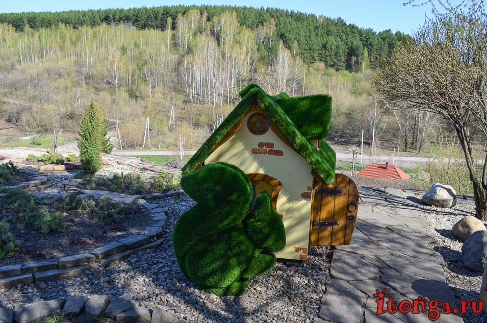 храм иоанна воина в новокузнецке, зеленые фигуры